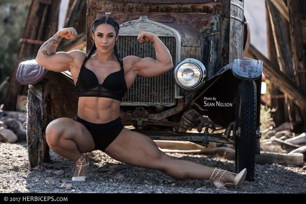 Kristina Nicole Mendoza Bodybuilder FITNESS MODEL, PHOTO, INSTAGRAM