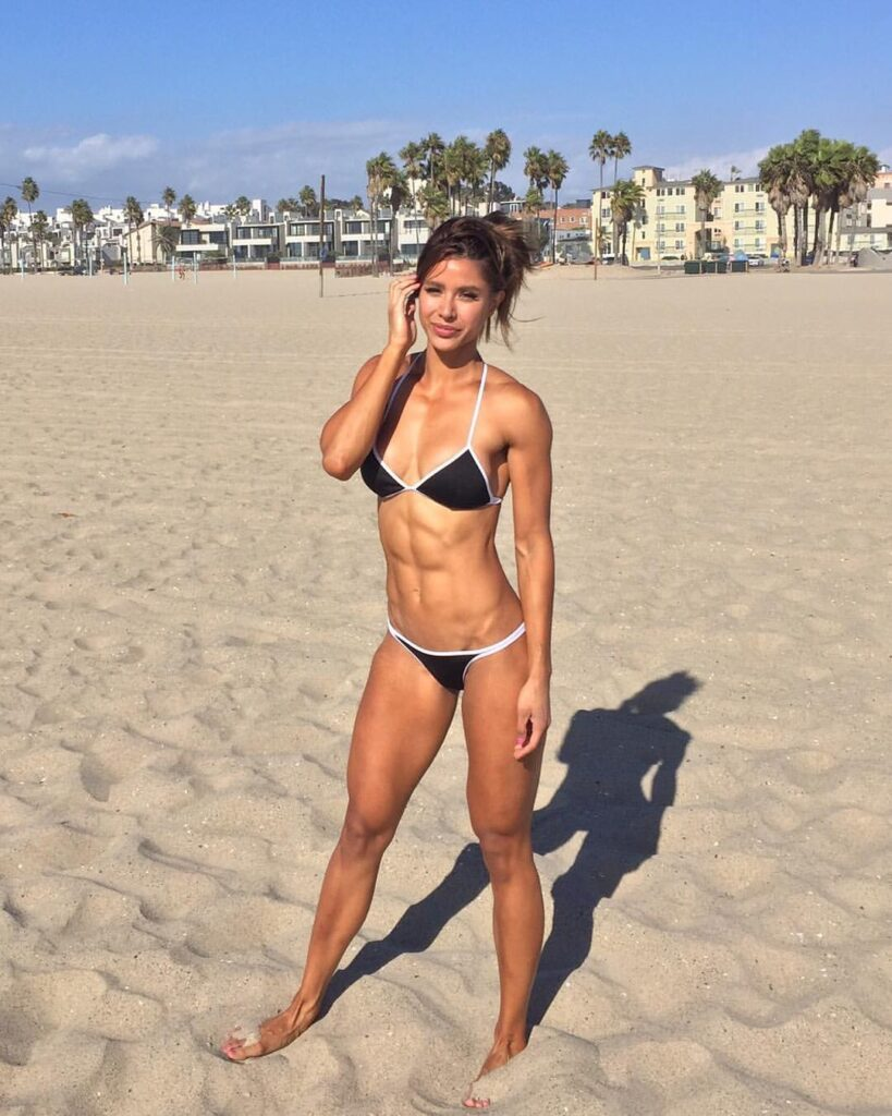 Kayli Ann Phillips FITNESS MODEL, HEIGHT, WEIGHT, PHOTO, INSTAGRAM