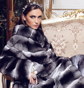 The most fashionable styles of womens fur coat 2017-2018 photo