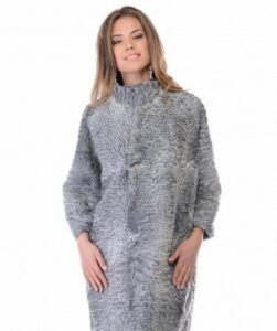 Fashionable coats-2018 of scrawl as in these photos create unique winter images: ...
