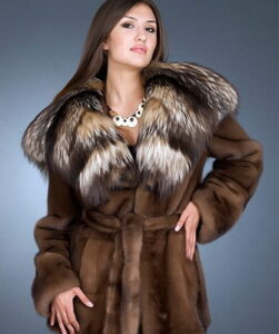 Short fashion fashions for the winter of 2017-2018 ...